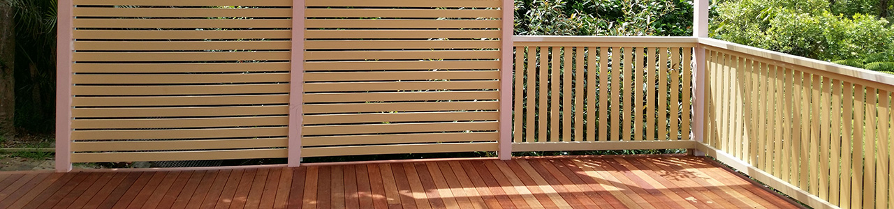 s3-Pergola-privacy-screen-timber-decking-Frenchs-Forest